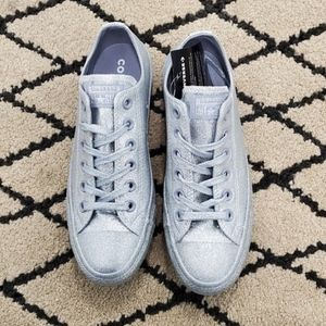 Converse Chuck Taylor All Star Ox Silver Glitter NWT